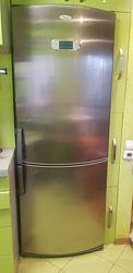 Широкий вместительный холодильник WHIRLPOOL ARC 8140