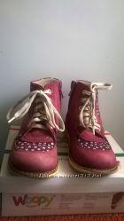 Ботинки для девочки в хорошем состоянии