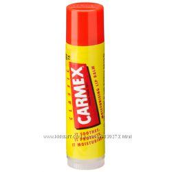 Carmex Moisturizing Lip Balm Stick SPF 15 в наличии