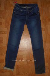 Утепленные джинсы 28, 32р. заказ не ждем. Супер цена