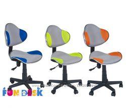 Компьютерное детское кресло FunDesk LST3 с регулировкой высоты