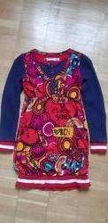Платье  Desigual для девочки 7-10лет отличается состояние. Оригинал