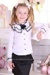 Школьная блуза для девочки с красивым воротником