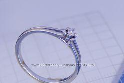 Золотое кольцо 585 с бриллиантами 0, 067карат