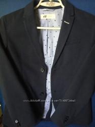 Пиджак школьный синий  на 9-10 лет рост 140 см