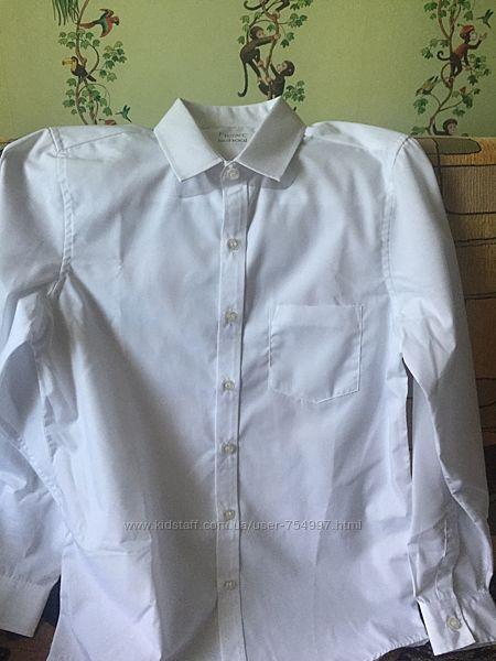 Школьная  белая рубашка на 12 лет рост 152 см
