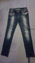 Sale. новые качественные джинсы со стразами р. 44-46 или м-ка