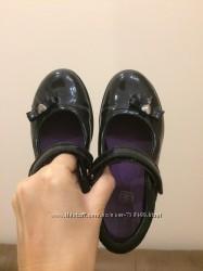 Туфельки Clarks 10. 5 размер 28 17, 5 см