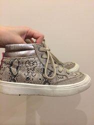 Ботинки Mayoral 29 размер 18,5-19 см