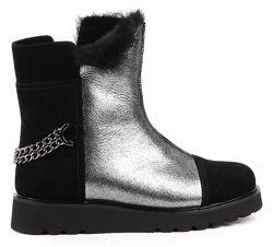 Зимние сапоги ботинки MARIA MORO. Новые. Размер 39. Стелька 25. 5см.