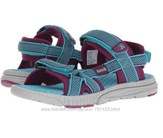Новые сандалии kamik 11, 12 m или 29, 30 евроразмер оригинал