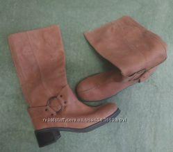 Демисезонные рыжие сапоги Vagabond на узкую ногу. 39 размера
