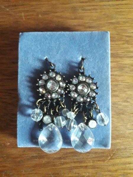 Набор украшений серьги ожерелье