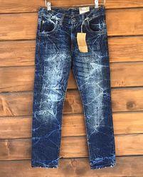 Фирменные джинсы на девочку Y. F. K.
