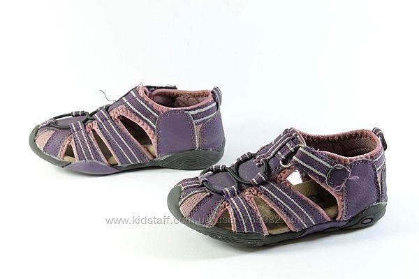 фирменные от Alive спорт сандалии с закрытым носком