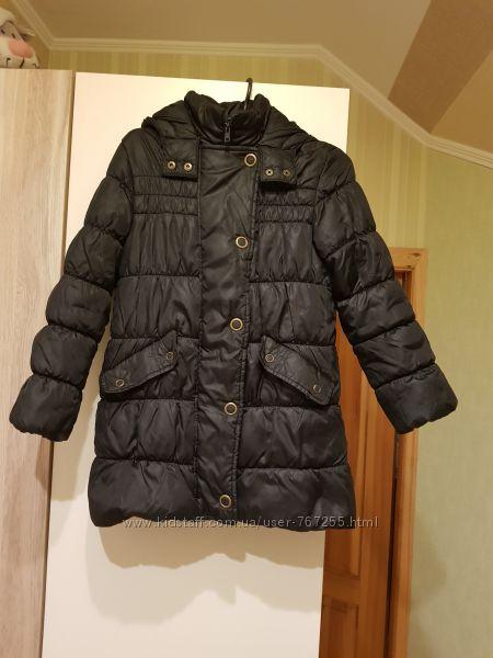 Пальто черное M&S демисезонное 9-10 лет, 140 см, с капюшоном