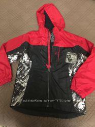 Фірмова курточка на підлітка