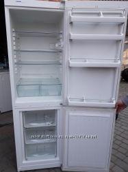 Німецький холодильник Liebherr 1. 8м  бу 55см