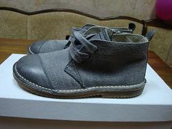 Фирменные ботиночки Dolce&Gabbana 29р. Оригинал, новые.
