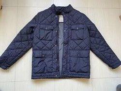 демисезонная курточка Zara в хорошем состоянии
