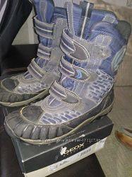 Отличные зимние ботинки GEOX 39 р-р