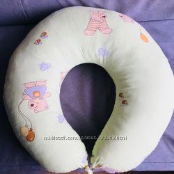 Подушка для кормления ТМ Руно в отличном состоянии