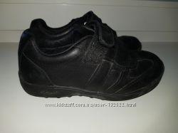Кожаные кроссовки Geox, размер 30, стелька 18, 5 см, бу