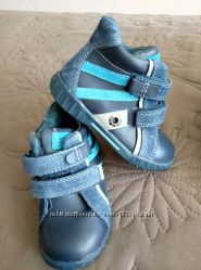 Стильные ортопедические ботиночки Шалунишка Распродажа три модели
