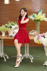 Летнее платье с оригинальным декоративным решением пояса
