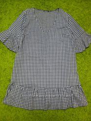 Стильное платье Boohoo S-M р.