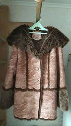 Зимняя куртка на меху с капюшоном