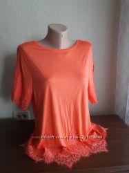 новая вискозная коралловая блуза с кружевом по низу и на рукавах George р14
