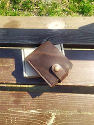 Мужской кожаный портмоне