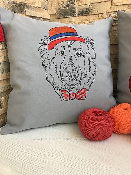 Декоративная наволочка Собака в шляпе