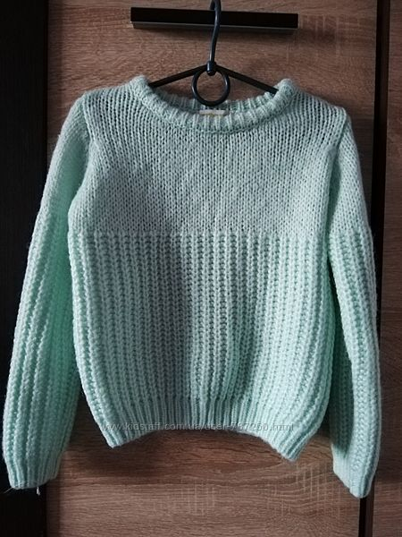 Тёплый свитерок на 4-5 лет