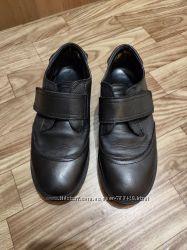 Туфли на мальчика Zara, 36 p
