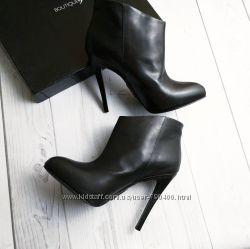Boutique 9 Ботильоны черные на шпильке кожаные бренд оригинал из США