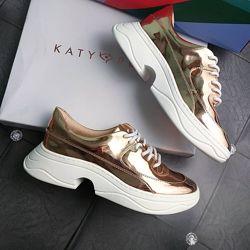 Katy perry р39 оригинал золотые кроссовки на фигурнрй подошве