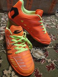 Кроссовки для футбола с плоской подошвой распродажа