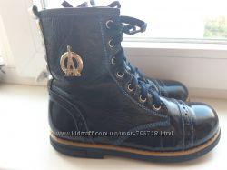 Удобнейшие кожаные деми ботинки, 19 см.