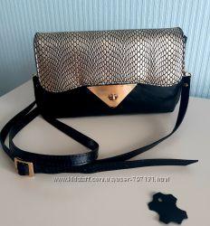 Кожаная черная сумка- клатч