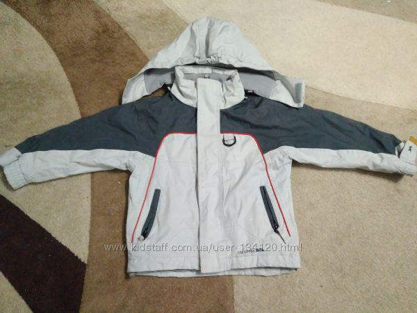 Фирменная термо куртка Trespass 3-4 года