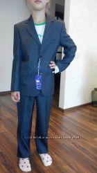 Новый костюм мальчику серого цвета р 128-134