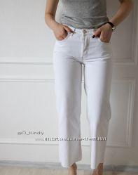 Белые джинсы с высокой посадкой от ZARA