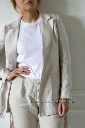 Льняной пиджак с поясом от Mango