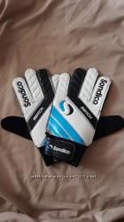 Вратарские перчатки Sondico р. 10