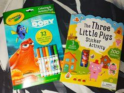 Книга раскраска Три маленькие свинки, Дори.