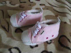 Детские пинетки-кроссовки на девочку