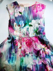 Нарядное пышное платье Next Некст на 6-8 лет.