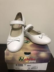 Туфли Naturino на девочку 32 размера в отличном состоянии